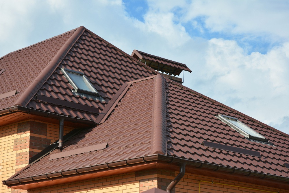3 Easy Ways to Maintain Your Tile Roof in a Fantastic Condition
